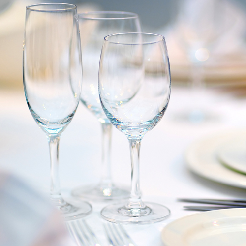 glassware-category1-wine-and-water-goblets-at-tablesetting-500sq ...